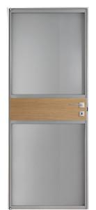 INNER-MIELE-CENTRO_70-MATT-INNER-usa-de-interior-geam-furnir-natural-stejar-balamale-pivot-toc-aluminiu