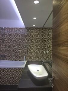 Design_interior_amenajare_baie_usi_nuc_italia_usi_moderne
