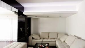 Poze_Design_interior_brasov_apartament_modern_usi_nuc_italia_usi_moderne